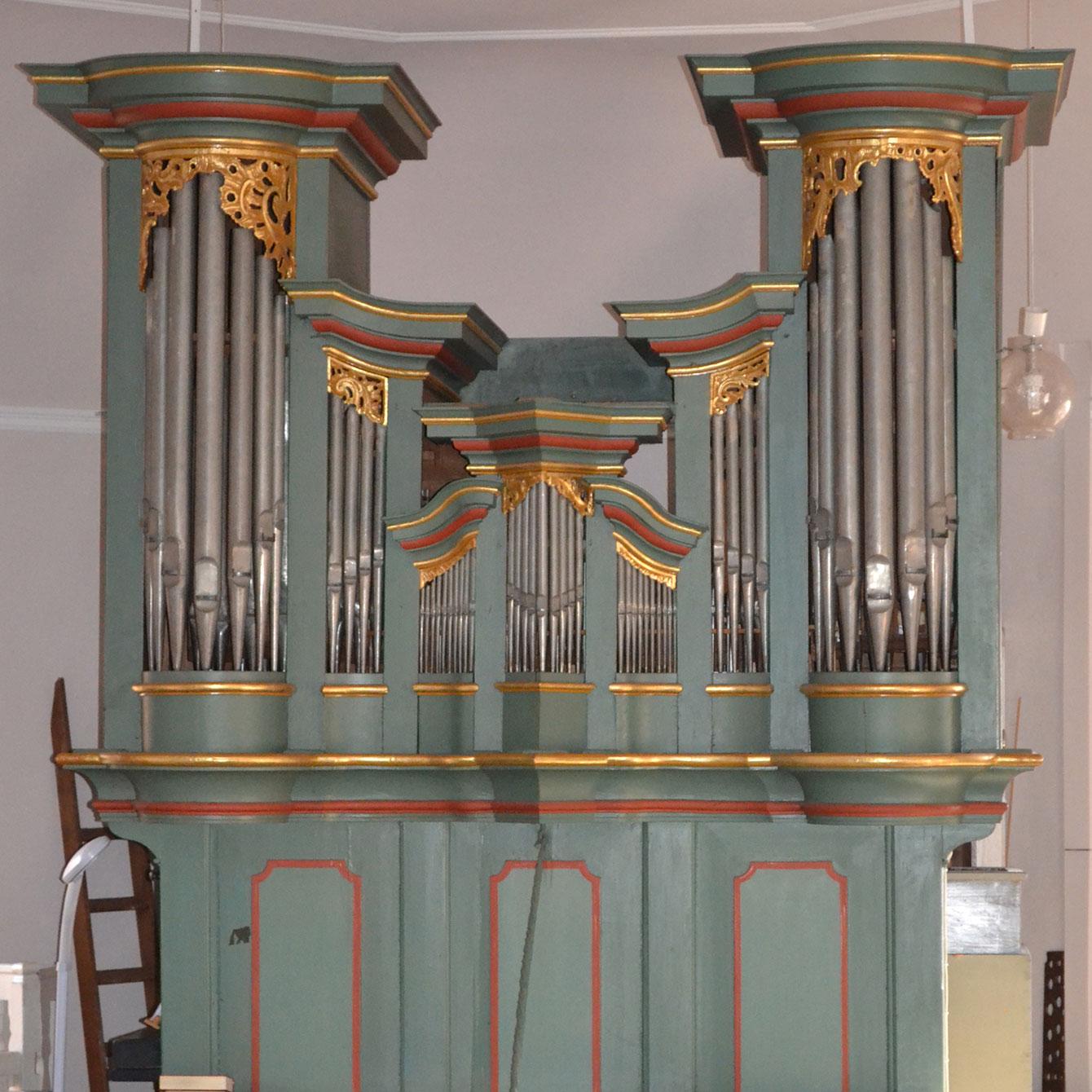 Die barocke Orgel von Karl Philip Wegmann in der evangelischen Kirche in Messel.